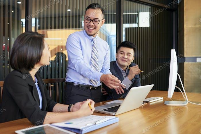 Business Analyst Demonstrating Data