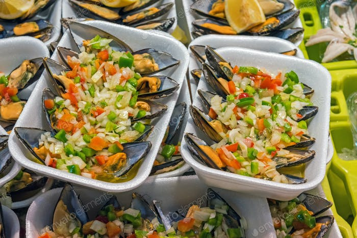 Tapas with mussels