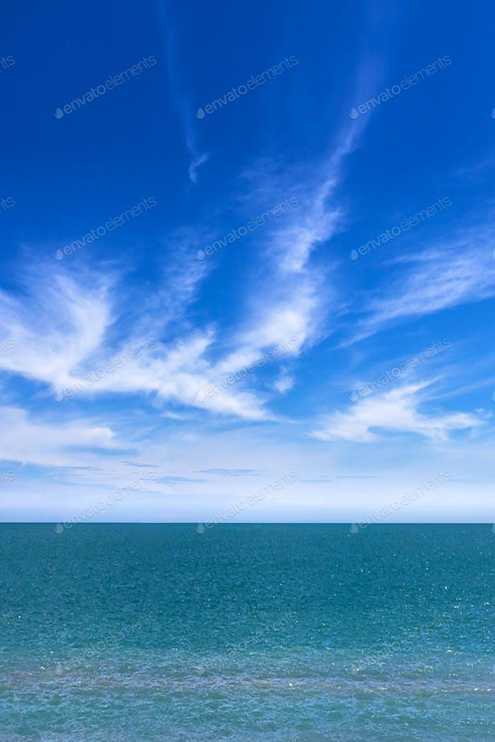 Erstaunlich Meer und Himmel
