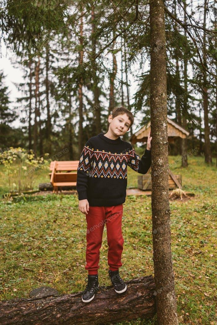 Junge in der Natur