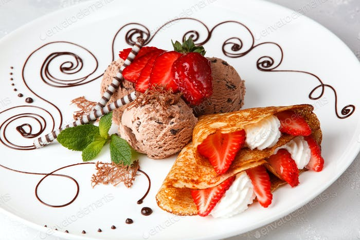 Strawberry pancake with ice cream