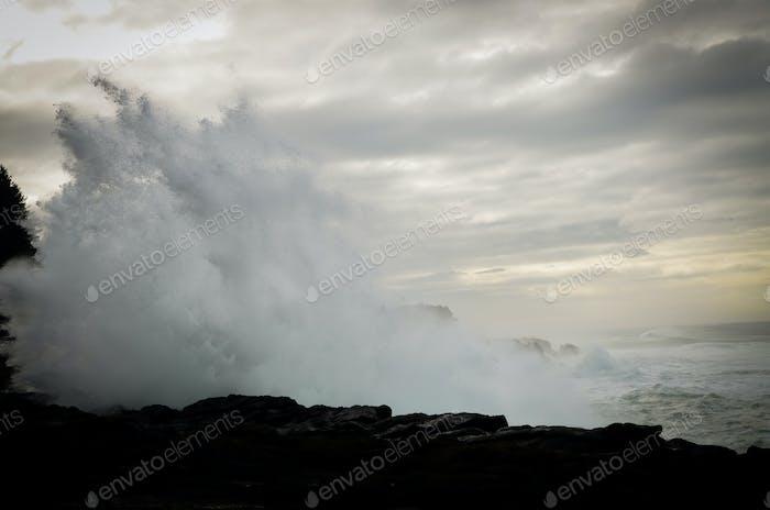 High Crashing Waves