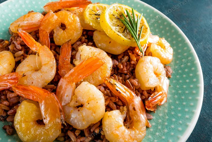 Prawns roasted on gril and rice
