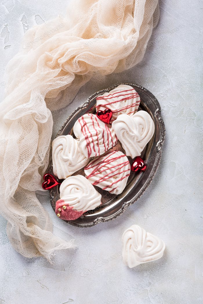 Meringues in heart shape