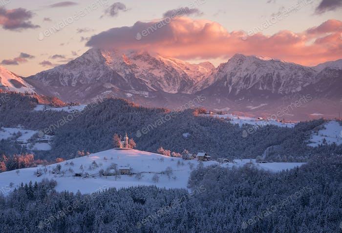 Thomaskirche an einem Wintermorgen