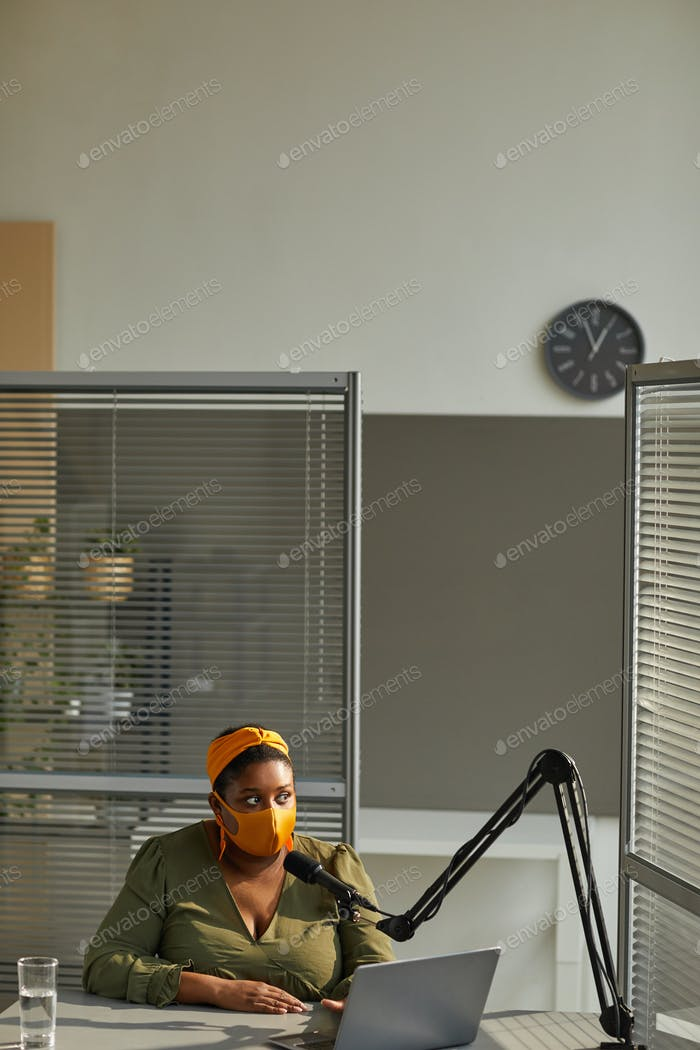 Live broadcast on radio