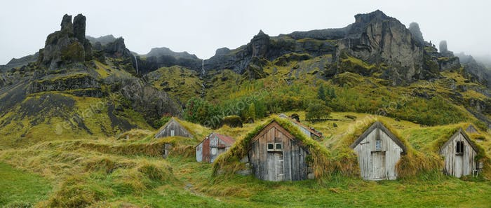 Wooden houses of Nupstadur