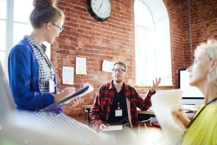 Start-upers talking