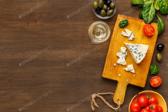 Blue cheese on board