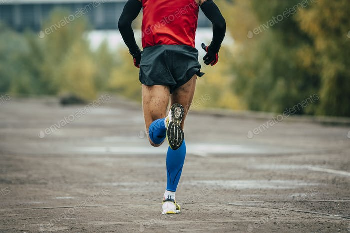 Man runs marathon