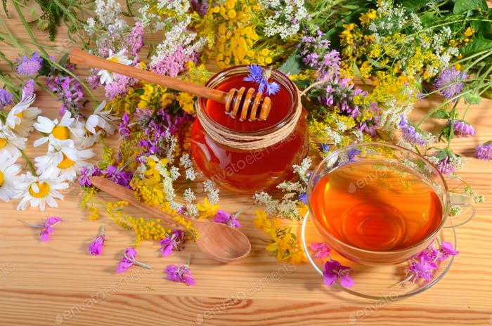 Tea, honey and flowers