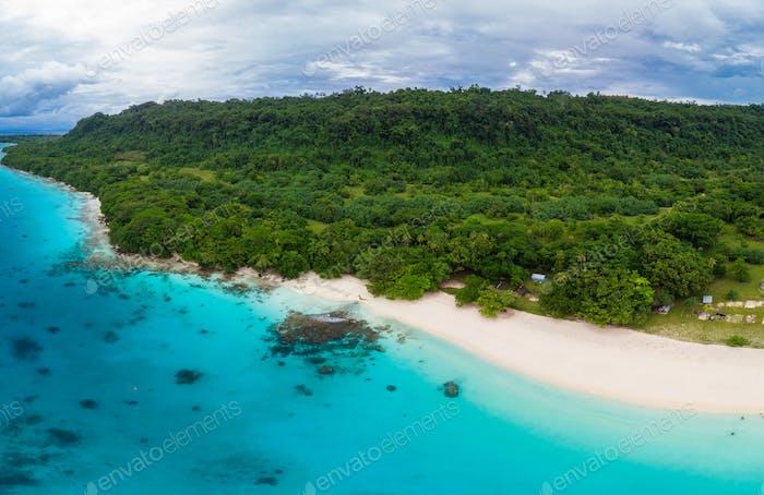 Champagne Beach, Vanuatu, Espiritu Santo island, near Luganville
