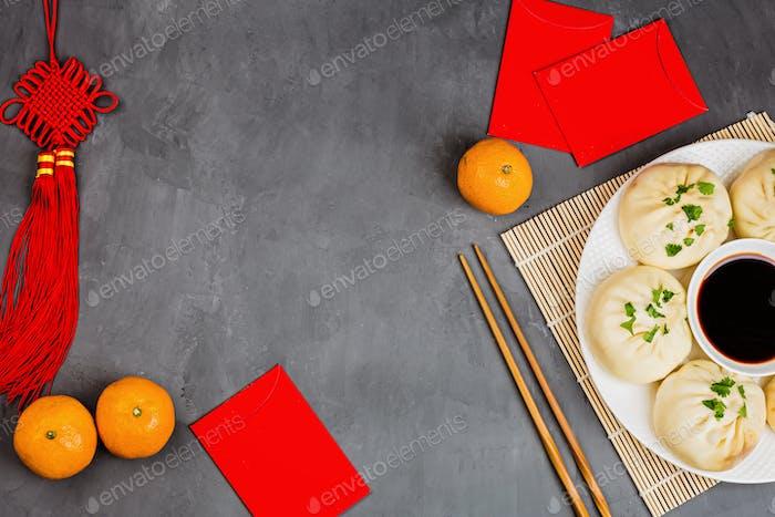 Mockup für chinesisches Neujahrsfest auf grauem Betonhintergrund