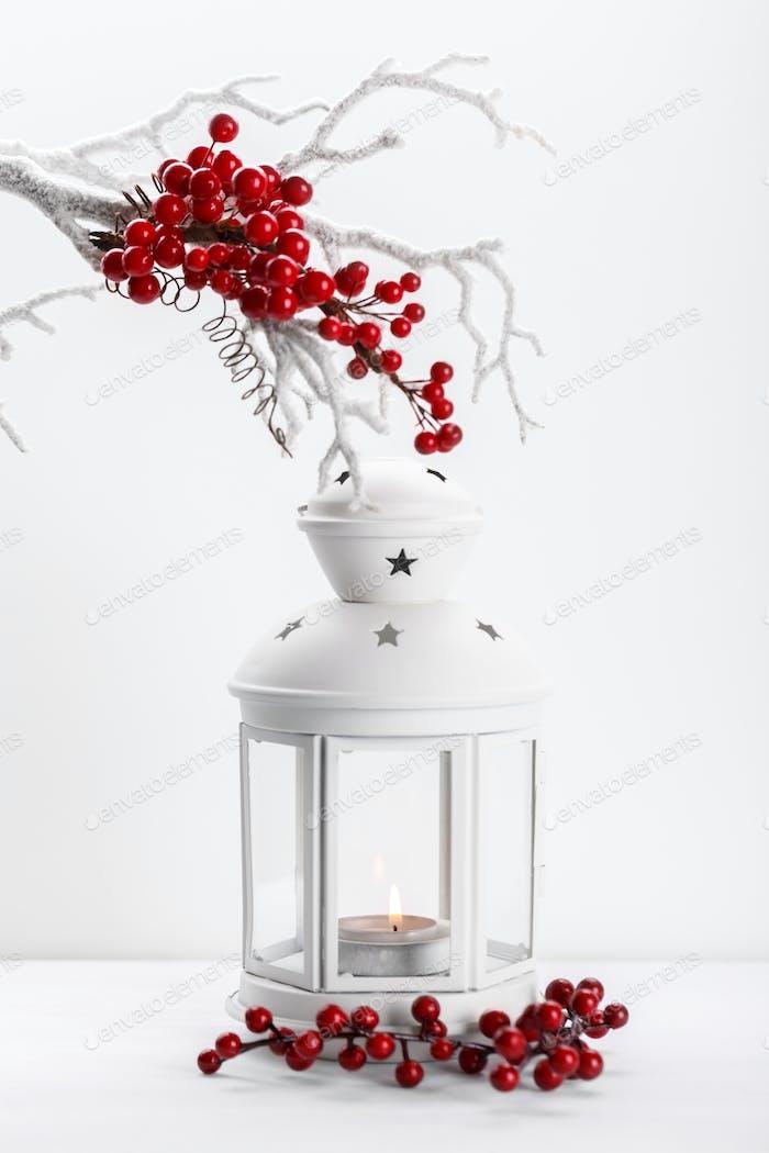 Lanterne blanche avec bougie
