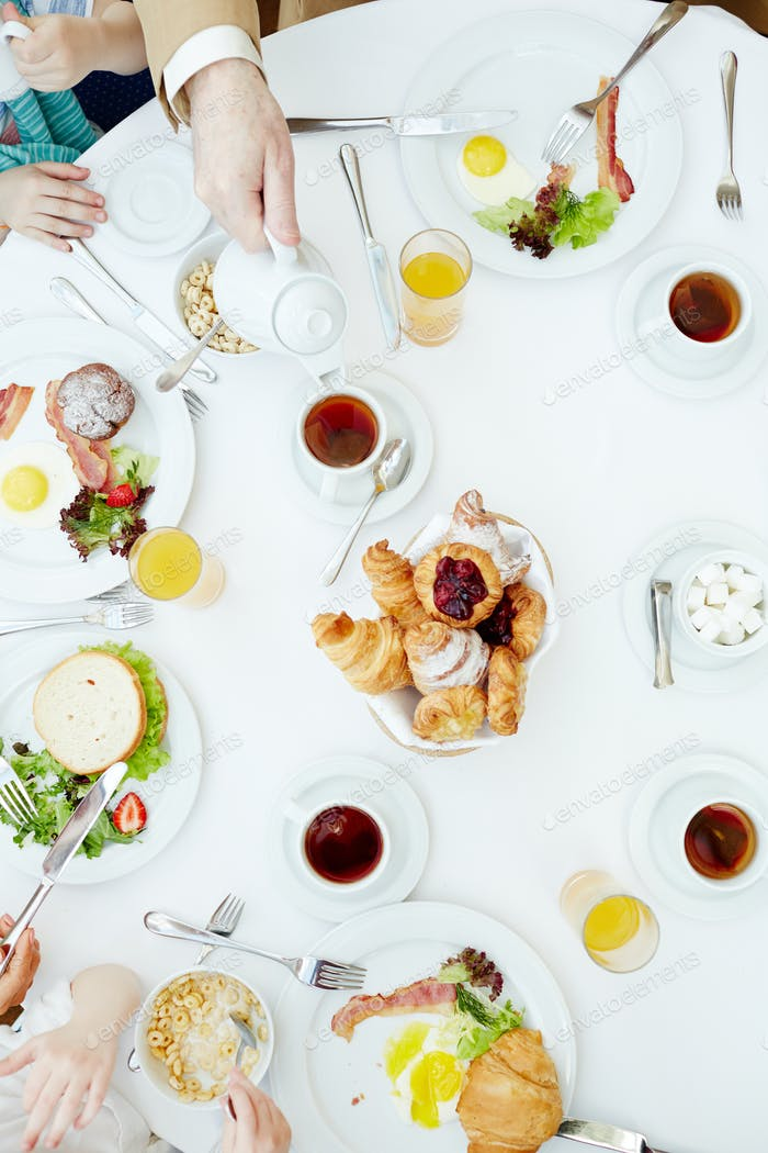 Having tea at breakfast