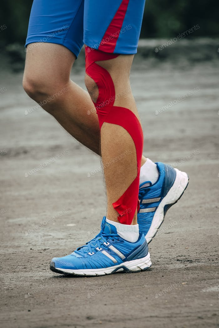 Man runs marathon