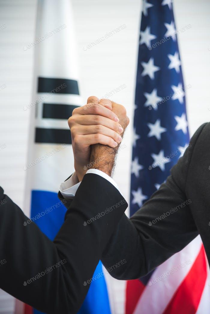 concepto de cooperación comercial diplomática e internacional