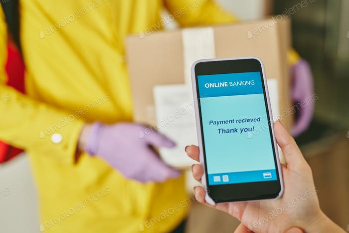 Paying for delivery with smartphone