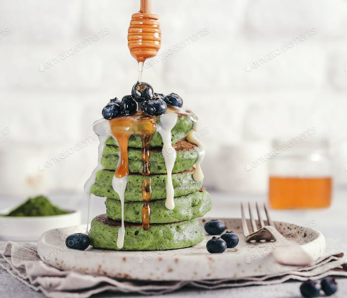 green pancakes with matcha tea