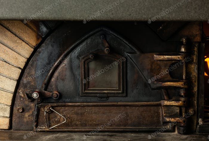 Antiker Holzofen