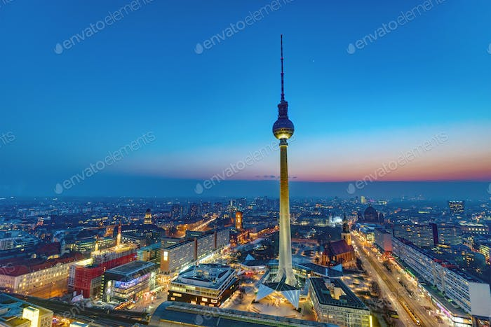 Dawn at the center of Berlin