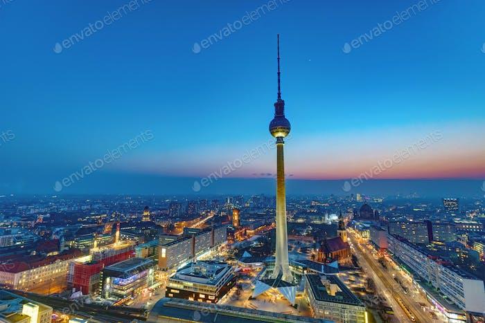 Morgendämmerung im Zentrum Berlins