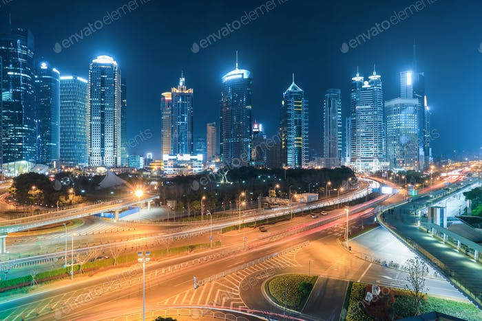 Shanghai Finanzplatz in der Nacht