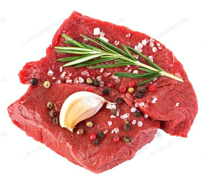 Rindfleisch rohes Fleisch auf weißem Hintergrund isoliert