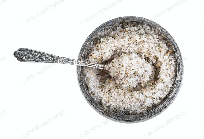 Silbersalz Keller mit Löffel mit gewürztem Salz