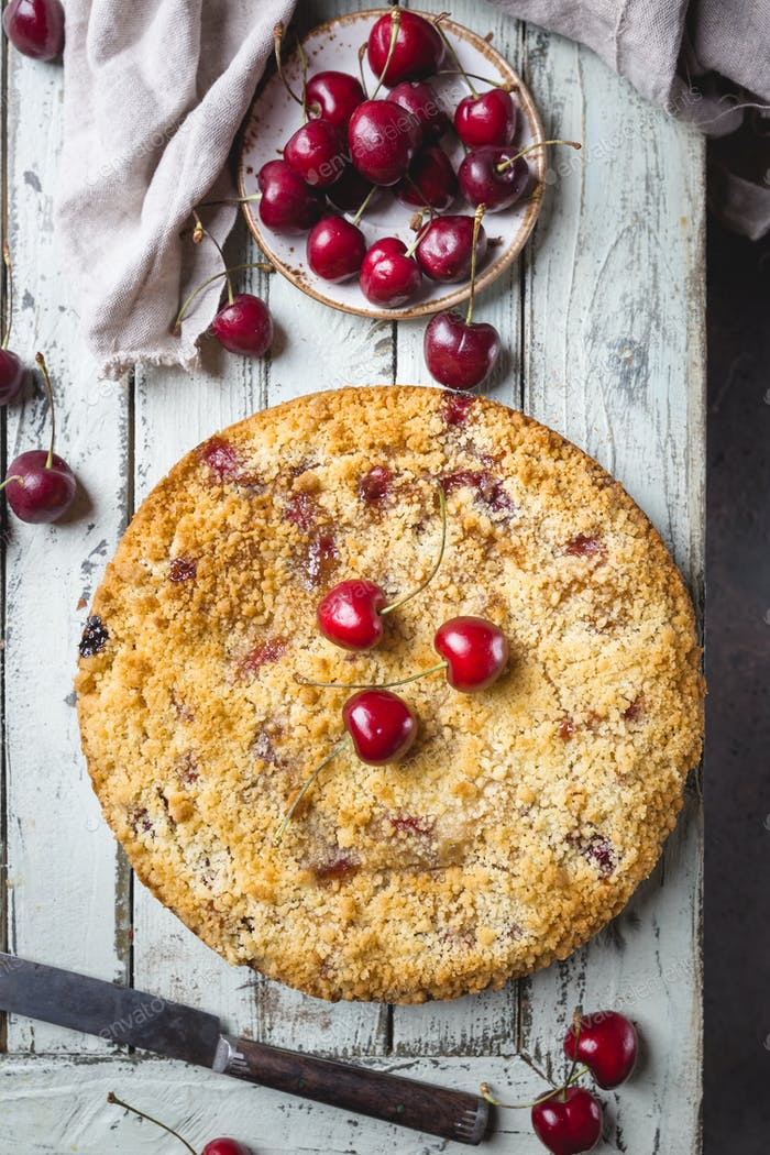 Homemade cherry crumble pie