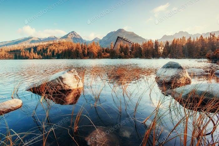 Fantastische Shtrbske Pleso Hohe Tatra. Slowakei, Europa.