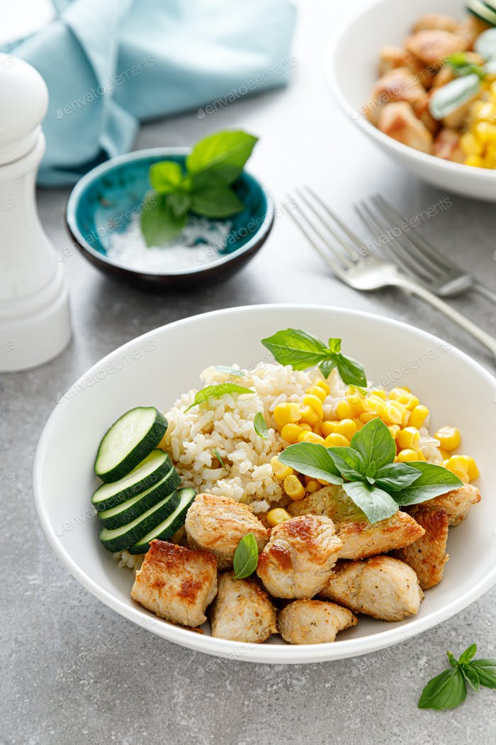 Fried turkey breast and rice with vegetables