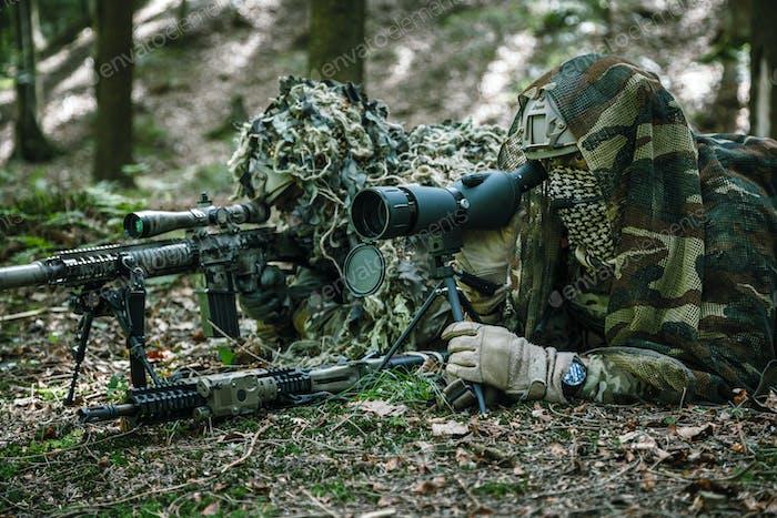 Armee-Ranger Scharfschützenpaar