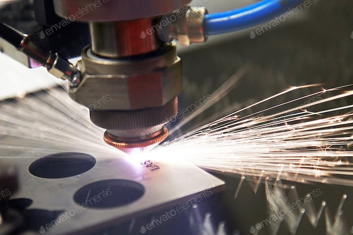 cutting steel with a laser