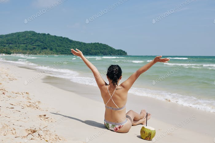 Woman enjoying great vacation