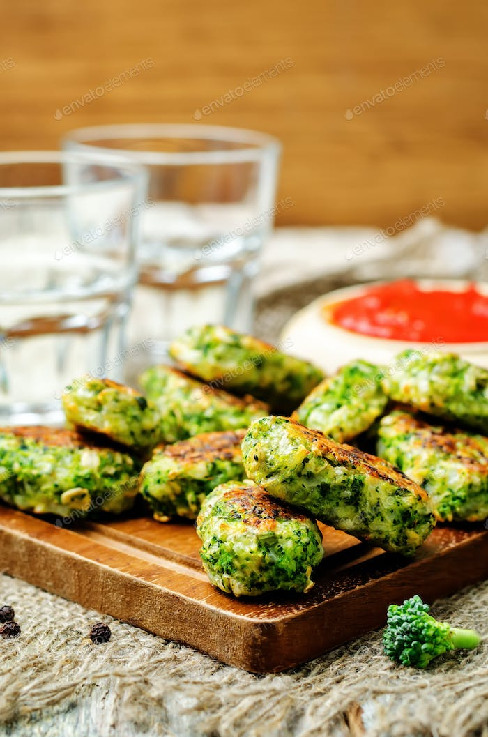 Baked broccoli oat cheese sticks with tomato salsa