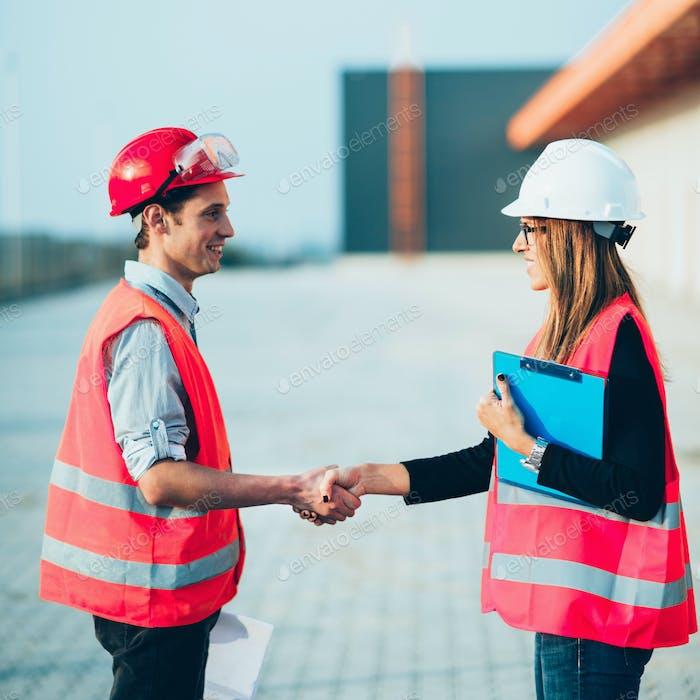Handhaking en Construcción