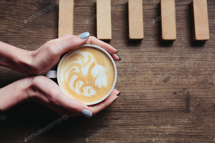 beautiful picture of a latte