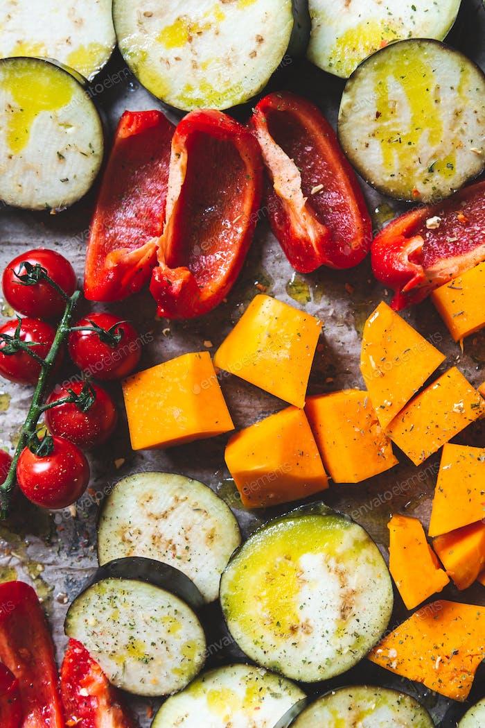Rohes Gemüse für Detox Dinner