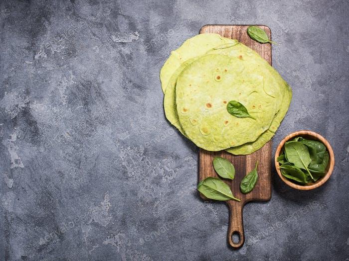 Grüne Tortillas mit Spinat