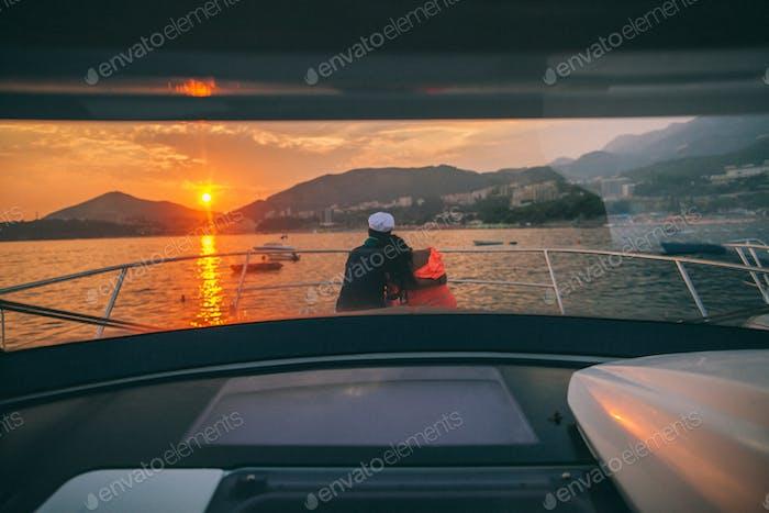 Flitterwochen Paar Reisen auf Yacht