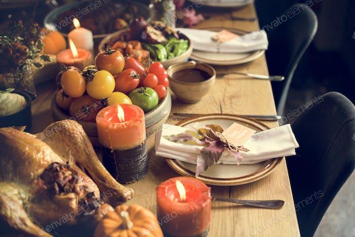 Maple Leaf Thanksgiving Tisch Setting Konzept
