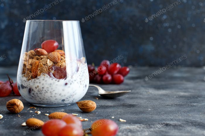 Chia pudding parfait with red grapes and almonds
