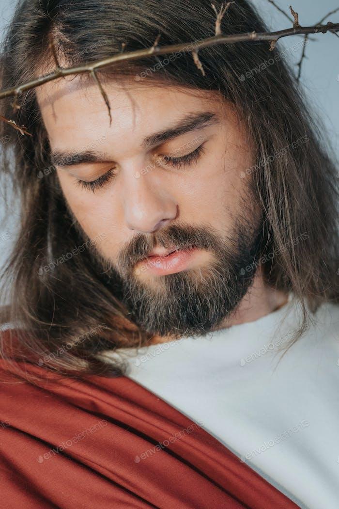 Jesús con una corona