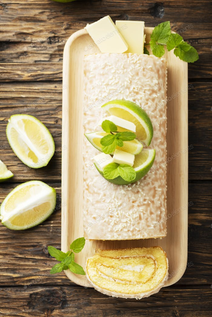 Cake roll with lime and white chocolate