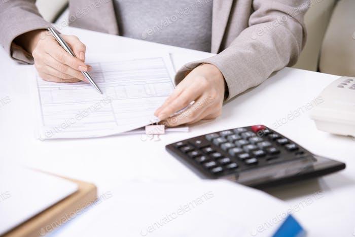 Finanzformular ausfüllen
