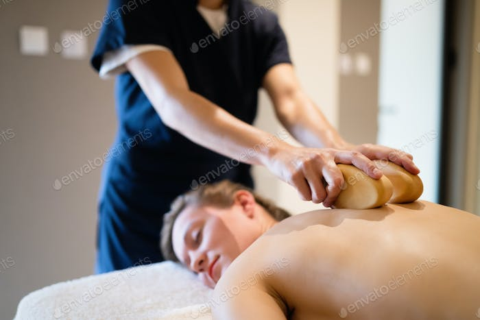 Cliend enjoying massage given by masseur