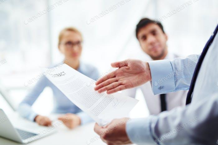 Apuntando al contrato