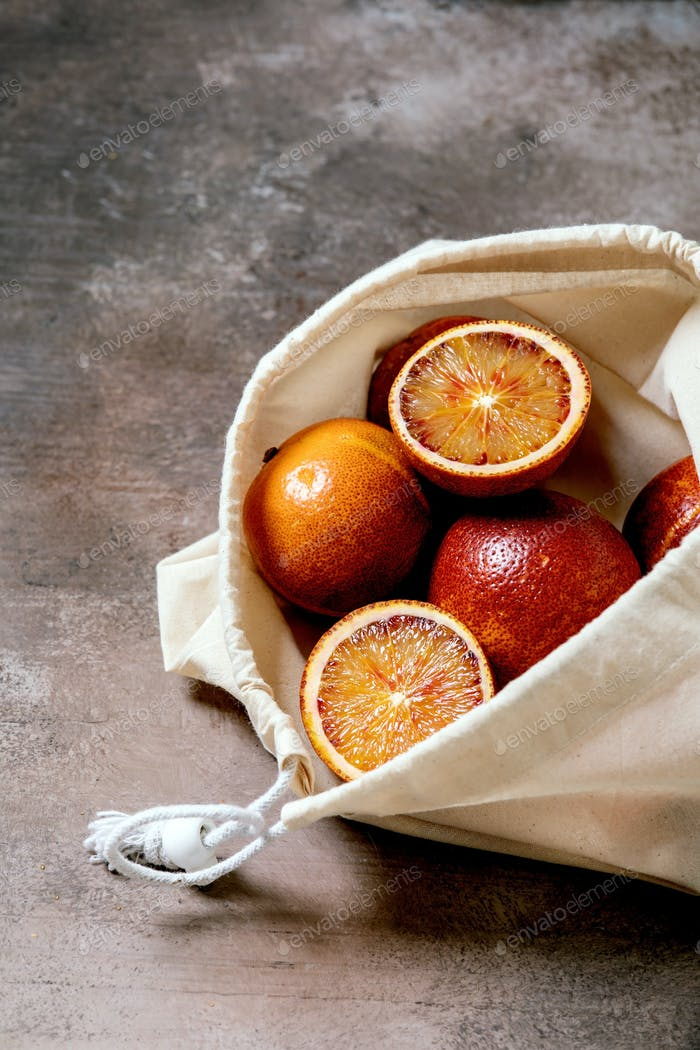 Blood sicilian oranges