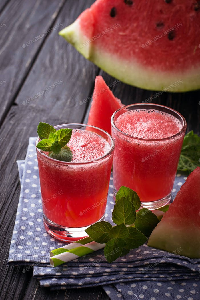 Glasses of watermelon smoothie with mint